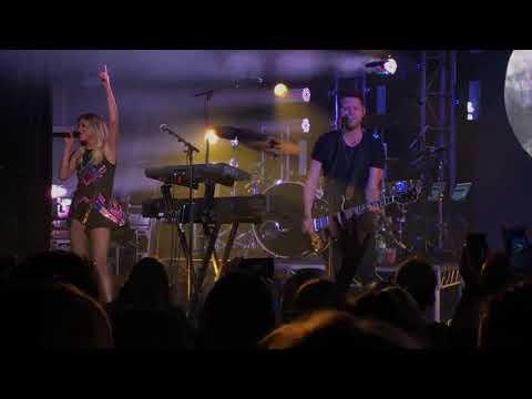 Kelsea Ballerini - Legends Live Metro Sydney