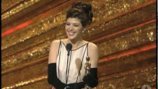 Marisa Tomei Wins Supporting Actress: 1993 Oscars