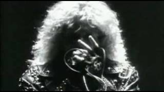 Клип Whitesnake - Now You're Gone