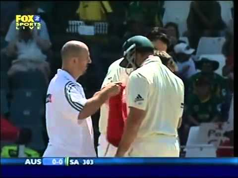 Justin Langer Gets Knocked Out First Ball
