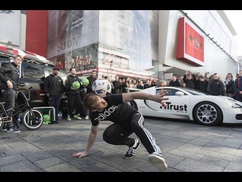 ANDREW HENDERSON & TOUZANI BUGATTI FREESTYLE FOOTBALL SHOW !! + AMSTERDAM MEET!