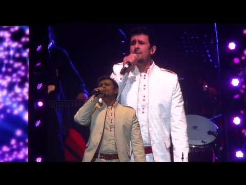 Sonu Nigam performs Chori Kiya Re Jiya - Live in Dubai - An...