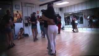 CLASE DE KIZOMBA BASI Y DEISY 13-09-2014   www.bailesurmadrid.com