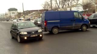 Accident minor pe str. Alecsandri, aşteptau poliţia - Curaj.TV