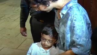 Aamir Khan's son Azad Rao falls asleep while posing | Funny Video