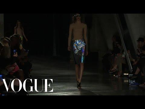 Jonathan Saunders Ready to Wear Spring 2013 Vogue Fashion Week Runway Show