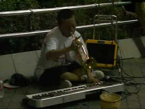 Brilliant street musician in Osaka, Japan こまつ