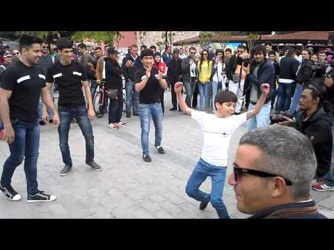Dikiy Kavkaz Lezginka Dance Group-istanbul (sultan Ahmet)-2014 video