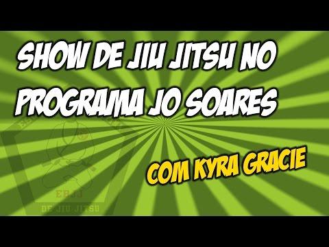 KYRA GRACIE DÁ SHOW DE JIU JITSU NO JÔ SOARES