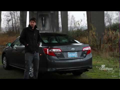 2013 Toyota Camry Hybrid Review