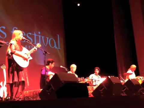 Carrie Newcomer & Amjad Ali Khan, Amaan & Ayaan Ali Khan at the Lotus Summer Festival Video