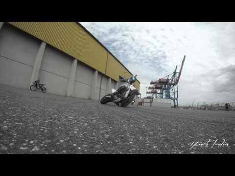 Supermoto Junkiestuff #2: wheelies, stoppies & drifts [SLOWMOTION]
