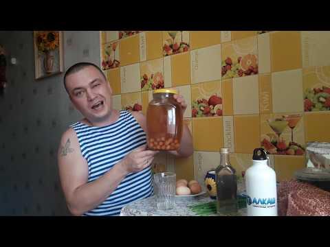 Пью самогон с сырыми яйцами ! Деревенские СКАЗКИ-БАБАСКИ ! Настойка на боярышнике !