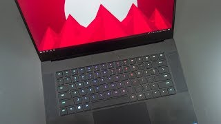 Razer Blade 15 Review (GTX 1070) - The Best Gaming Laptop!