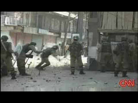 Muslim protests flare in Srinagar, Kashmir