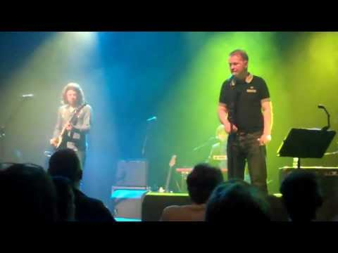 Edwyn Collins - Girl Like You - Live - 18 April 2013 - Glasgow HD