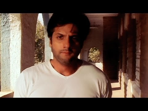 Fardeen goes to meet Urmila in the Mental Asylum (Pyar Tune...