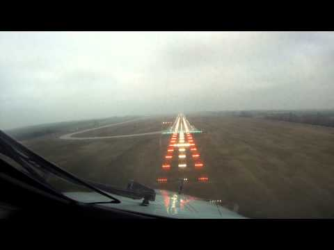 Embraer 145 Cockpit view takeoff and landing (Go Pro HD camera)