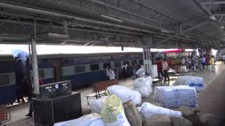 AHMEDABAD EXPRESS RUSHED INTO SAMARSATA EXPRESS HALTING ROURKELA Jn.