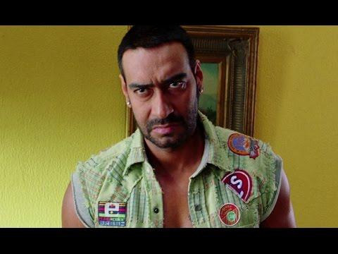 Ajay Devgn In A Tussle With Arshad Warsi & Kunal Khemu - Golmaal 3