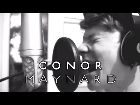 Conor Maynard - Valerie / Back to Black (Amy Winehouse Tribute)