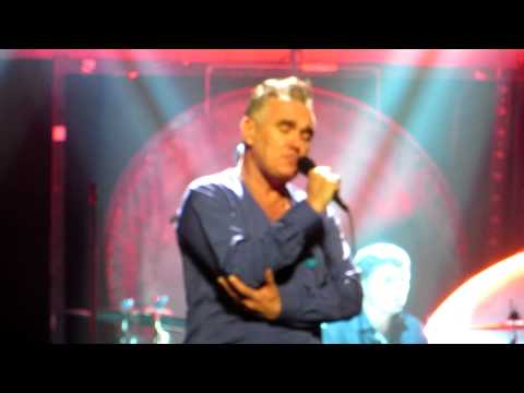 Morrissey - NOVEMBER SPAWNED A MONSTER (BEETHOVEN WA