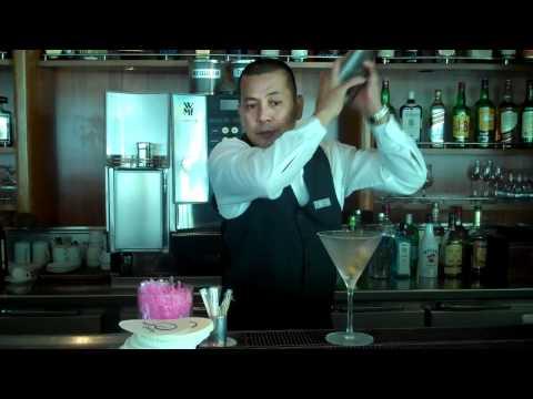 Elmo's Cocktail Class: Gin Martini