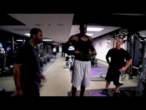 Dwight Howard's Superman Workout