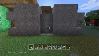 How to make secret door in Minecraft