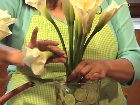 Como hacer un arreglo con alcatraces y limones
