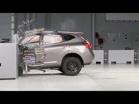 CRASH TEST 2012 Nissan Rogue