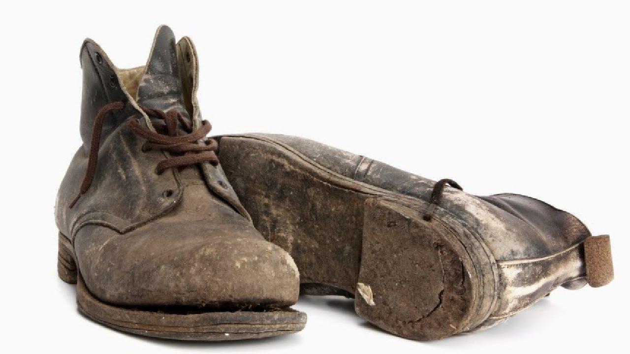 Фото грязные туфли языком 23 фотография
