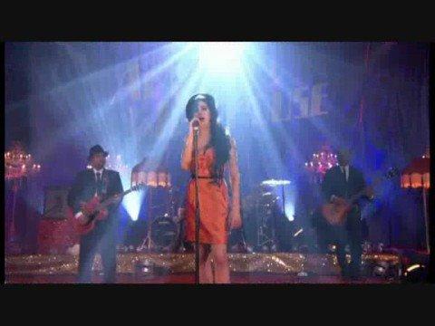 Amy Winehouse - Valerie [Live in London]