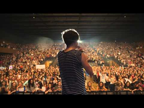 Bournemouth Cecilia Singalong - The Vamps