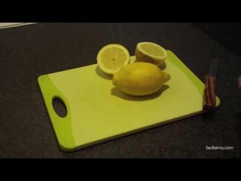 Cómo extraer zumo de un limón sin partirlo | facilisimo.com