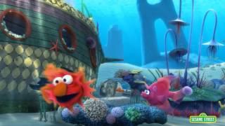 Sesame Street: Elmo & Cookie Monster Supersized Fun!
