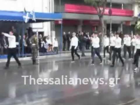 Η παρέλαση της 28ης Οκτωβρίου στη Λάρισα