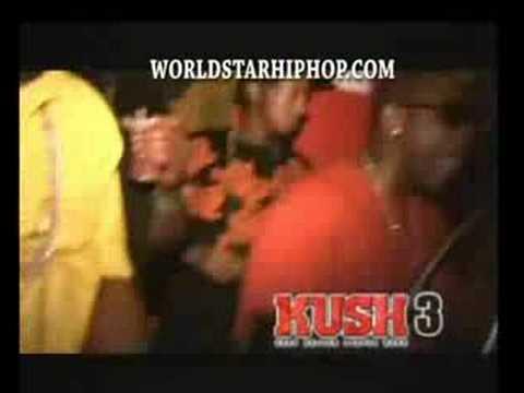 lil wayne kush. Lil Wayne - Im Me [On Stage