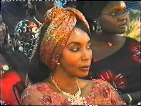 Serigne Cheikh Ahmed Tidiane Sy Al Maktoum. Gamou Tivaouane 2005. Part 1.
