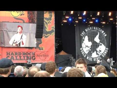 Tom Morello - Ease My Revolutionary Mind - Hyde Park 2012