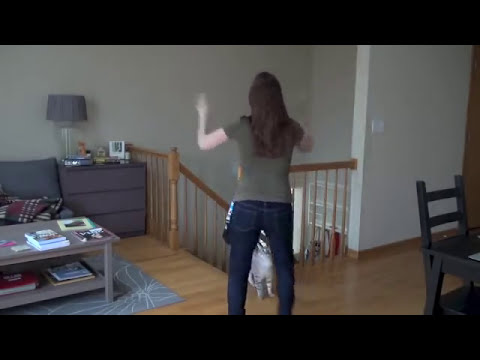 Flash mob dance lesson - Happy by Pharrell Williams: Fun-a-Day(25)