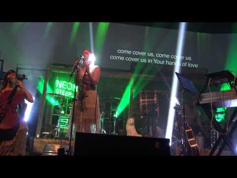 David Crowder Band - Hands Of Love