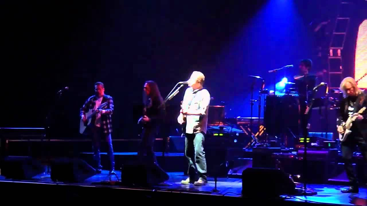 Eagles - Hotel California - Live Version - HD - YouTube