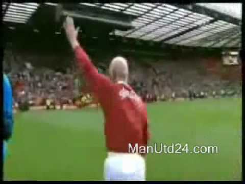 Sir Bobby Charlton taking penalties at Old Trafford during 'United Relief' event (May 01, 2010)