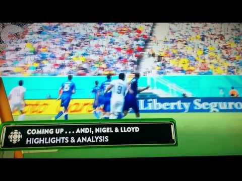 Luis Suarez bites Italian striker Giorgio Chiellini