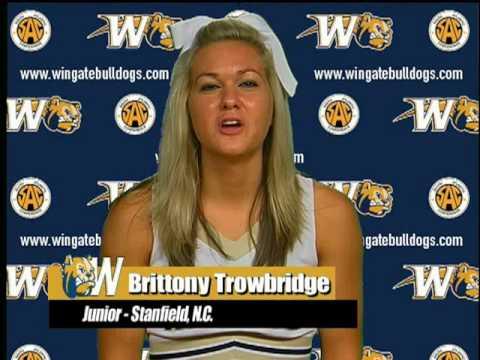 Meet The  Bulldogs - 2010-11 Wingate University Cheerleaders