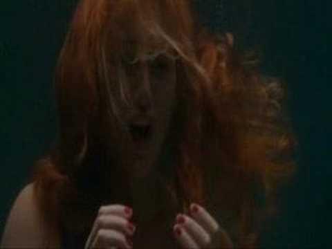 Kate Winslet En Romance And Cigarettes video