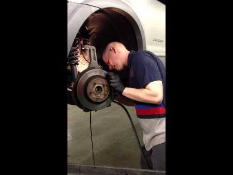Ford Explorer Front Hub and Bearing Growling Noise Repair