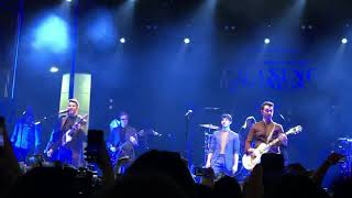 Jonas Brothers - SOS @ Chasing Happiness Premiere