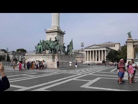 Hosok Tere (Hero's Square), Budapest,  Hungary